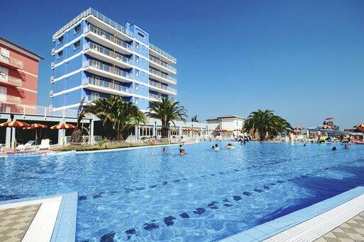 Ai Pozzi Village Hotel & Residence