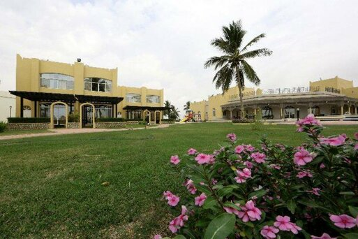 Samharam Tourist Village