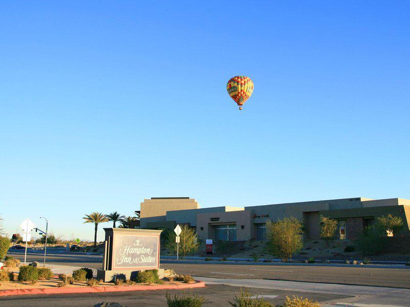 Hampton Inn & Suites Palm Desert