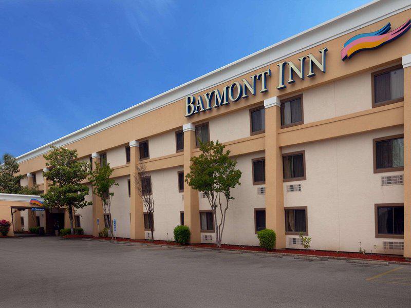 Baymont Inn & Suites Memphis East