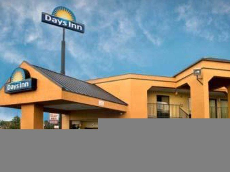 Days Inn Memphis-I 40 and Sycamore View