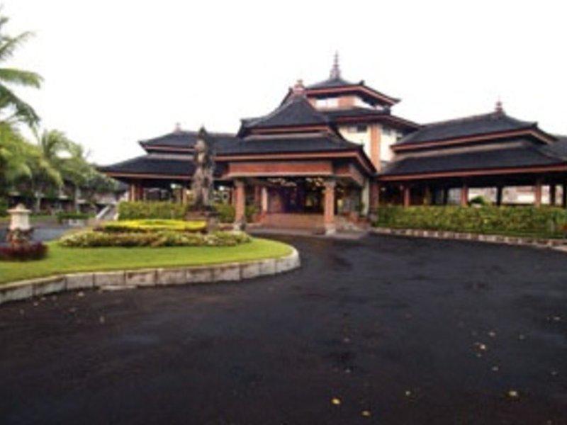 The Jayakarta Beach Resort, Residence & Spa