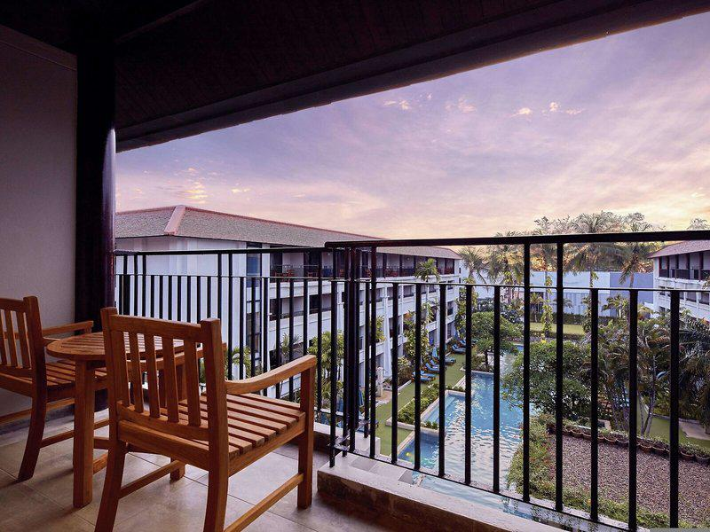 DoubleTree by Hilton Phuket Banthai Beach Resort