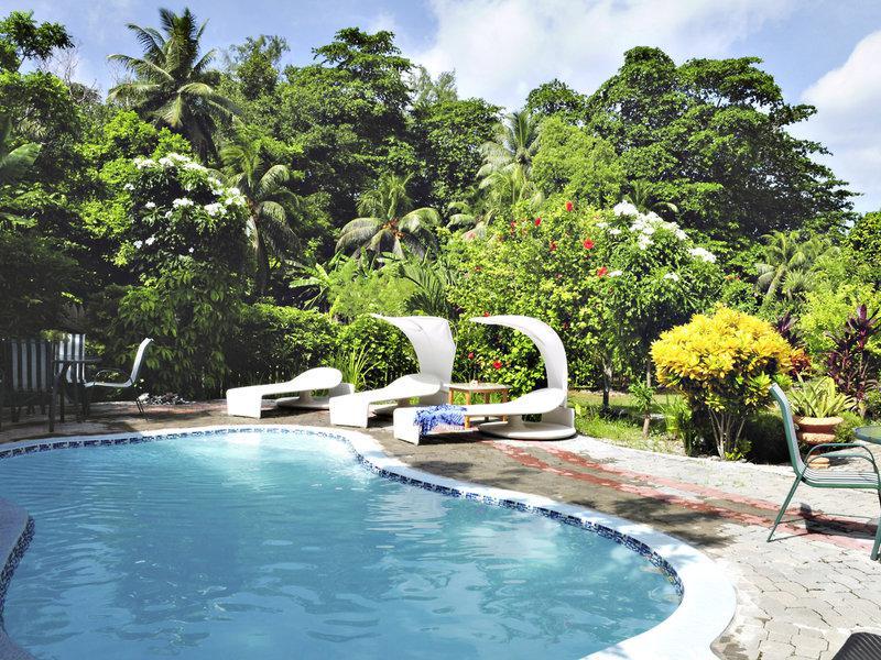 Casa de Leela & Cocolux Apartments