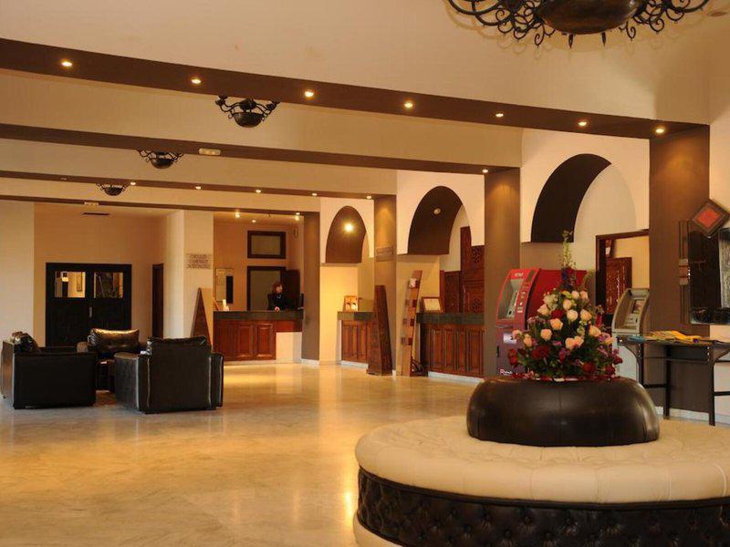 Oasis Hotel & Spa