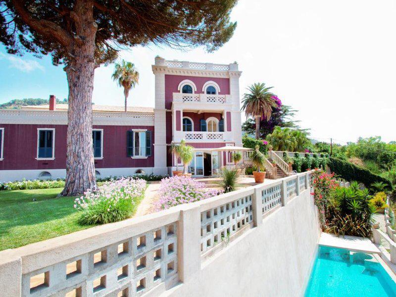 Villa Paola Hotel