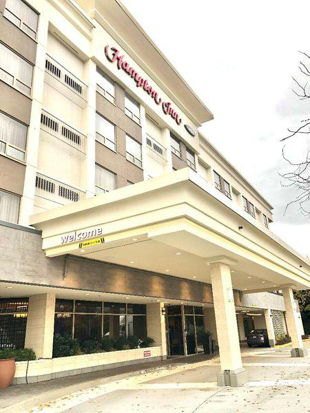 Hampton Inn - by Hilton Vancouver Airport Hotel
