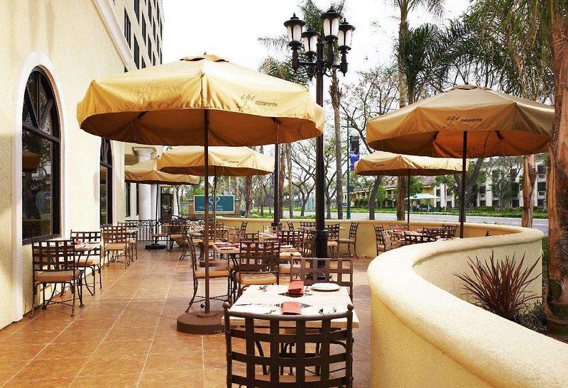 DoubleTree Suites by Hilton Anaheim Resort - Convention Center