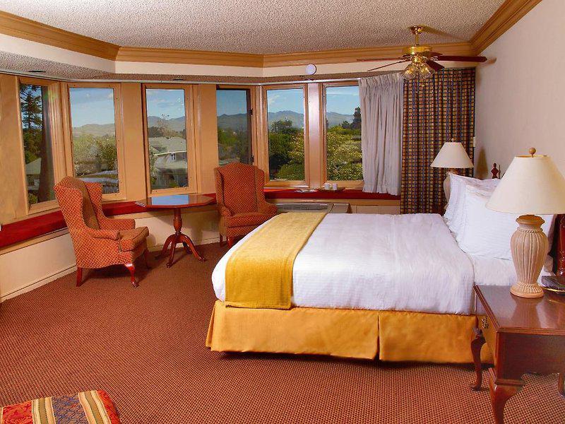 The Historic Santa Maria Inn
