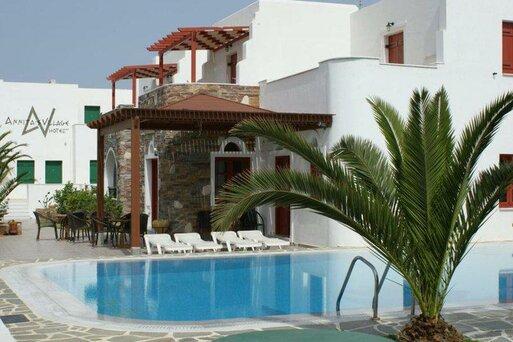 Annitas Village Hotel