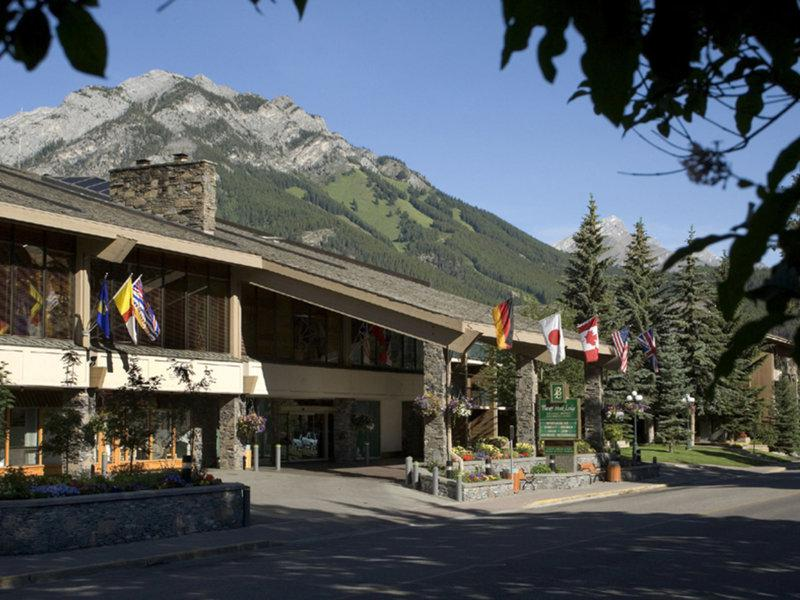 Banff Park Lodge