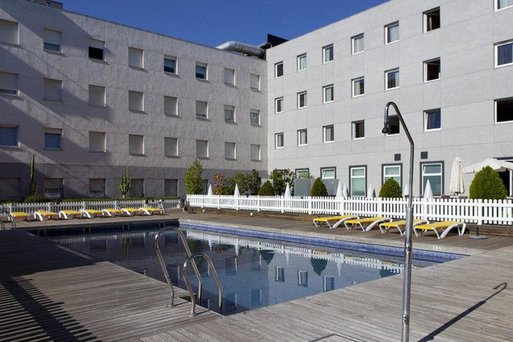 Vertice Sevilla Aljarafe Apartamentos