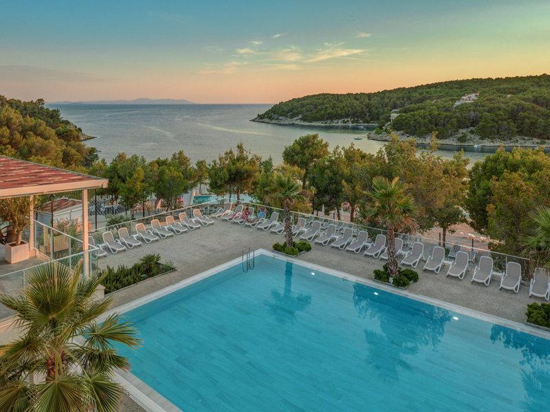 Gava Waterman Milna Resort