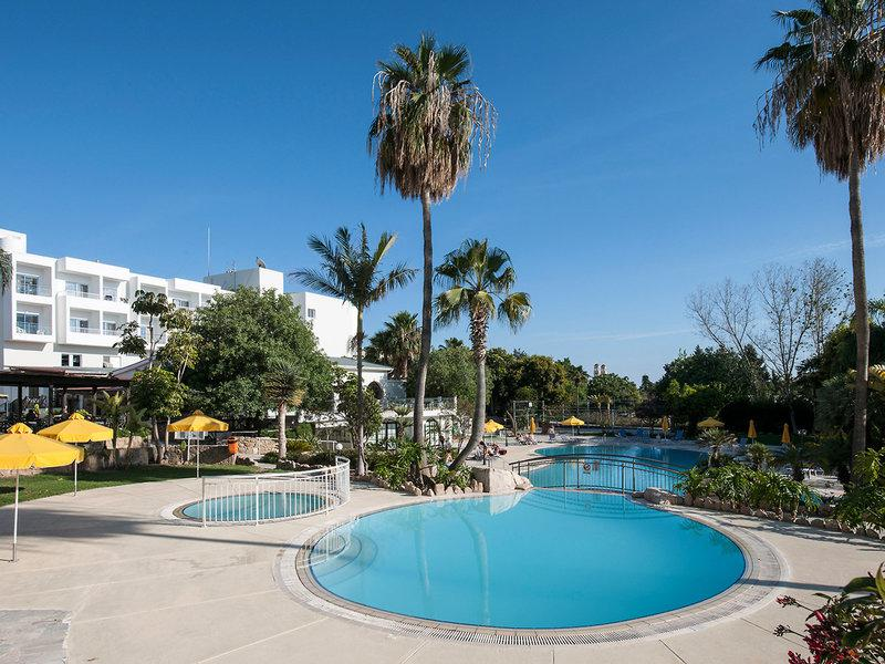 Mayfair Gardens Apartments
