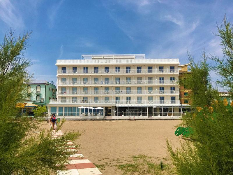 Stellamare Beach Hotel