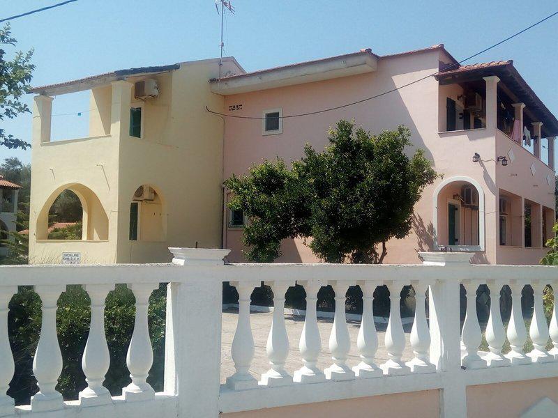 Lemon Lane Apartments