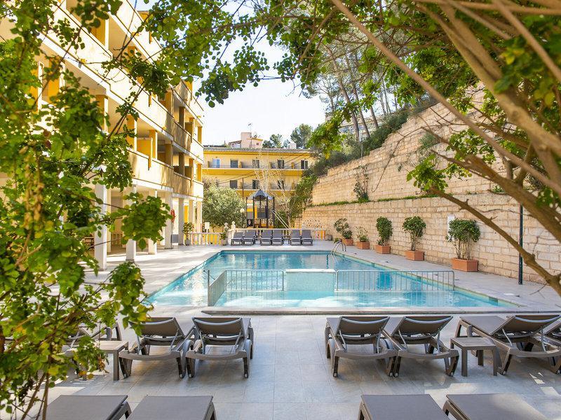 Flor Los Almendros Hotel & App.