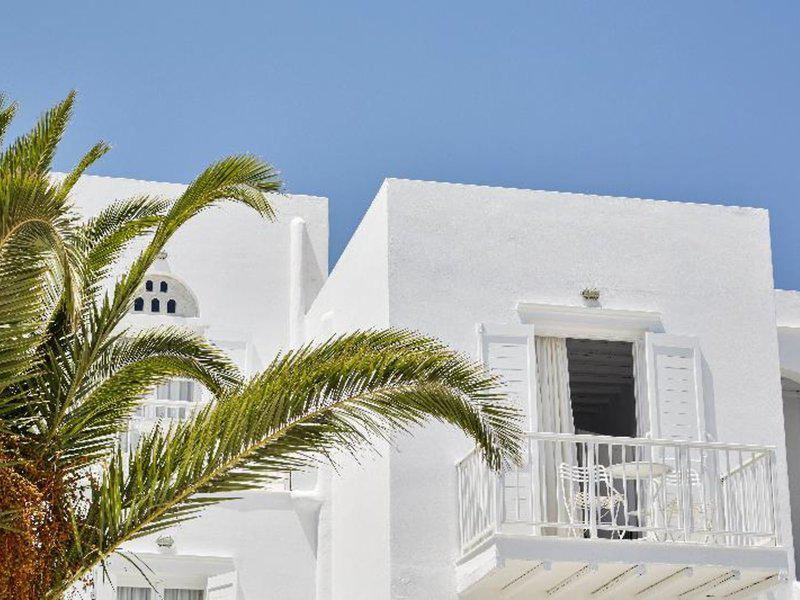 Mr and Mrs White Boutique Resort Tinos