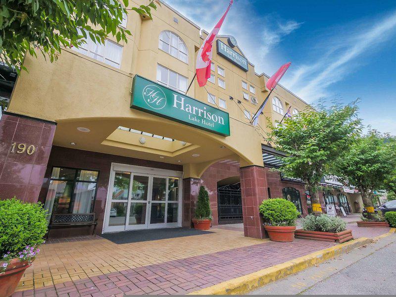 Harrison Lake Hotel