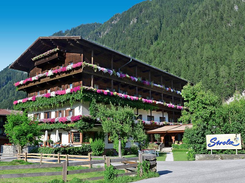 Hotel-Pension Strolz - Hotel & Dependance