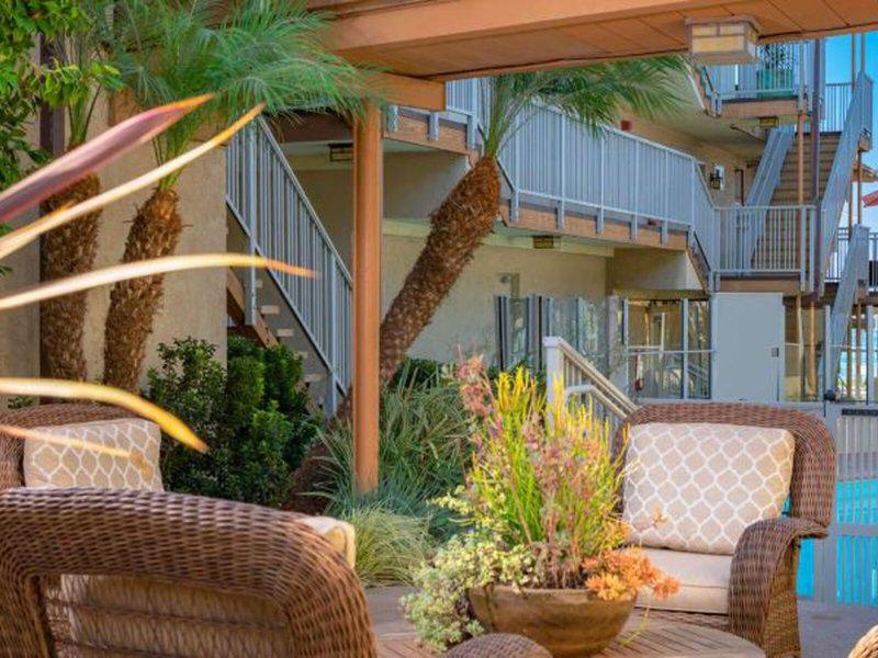 Best Western Beach View Lodge