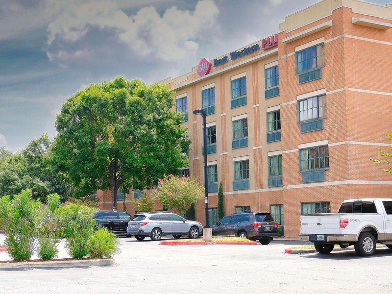 Best Western Plus Sunset Suites - Riverwalk