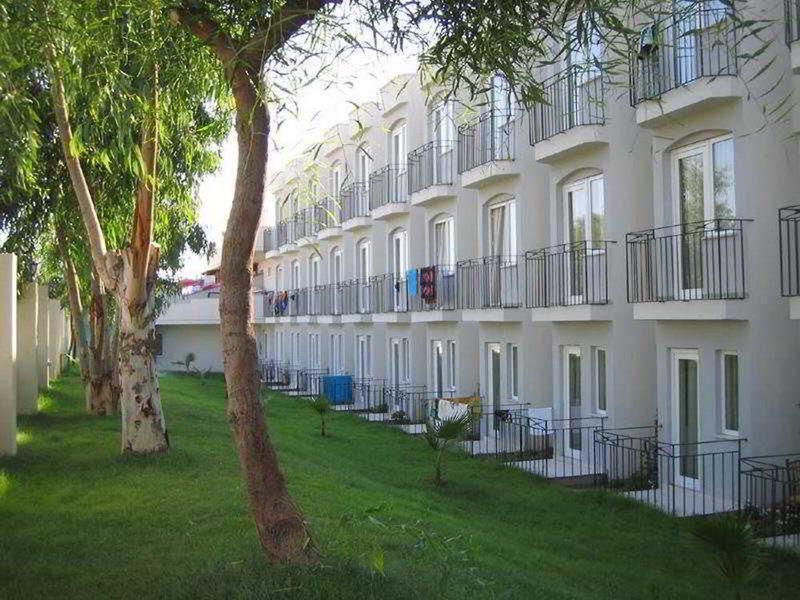 Eken Resort