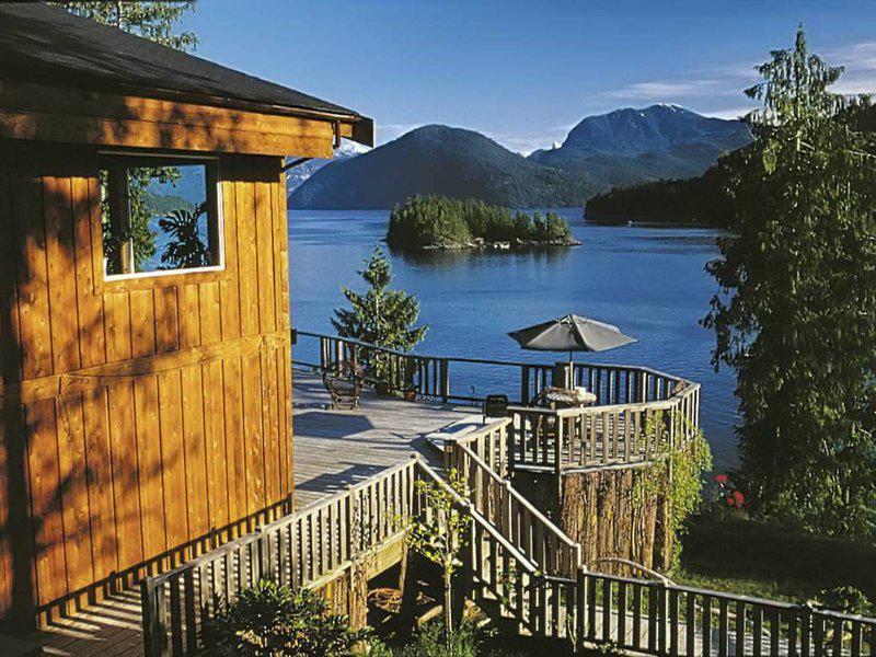West Coast Wilderness Lodge Resort