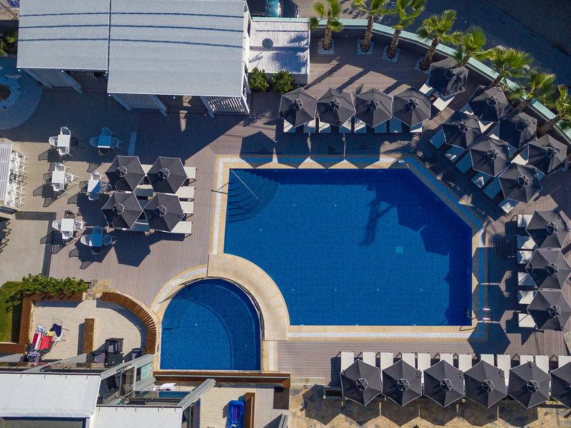 Dionysos Hotel & Apartments