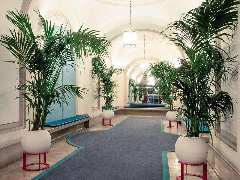 Mercure Lyon Centre Chateau Perrache Hotel