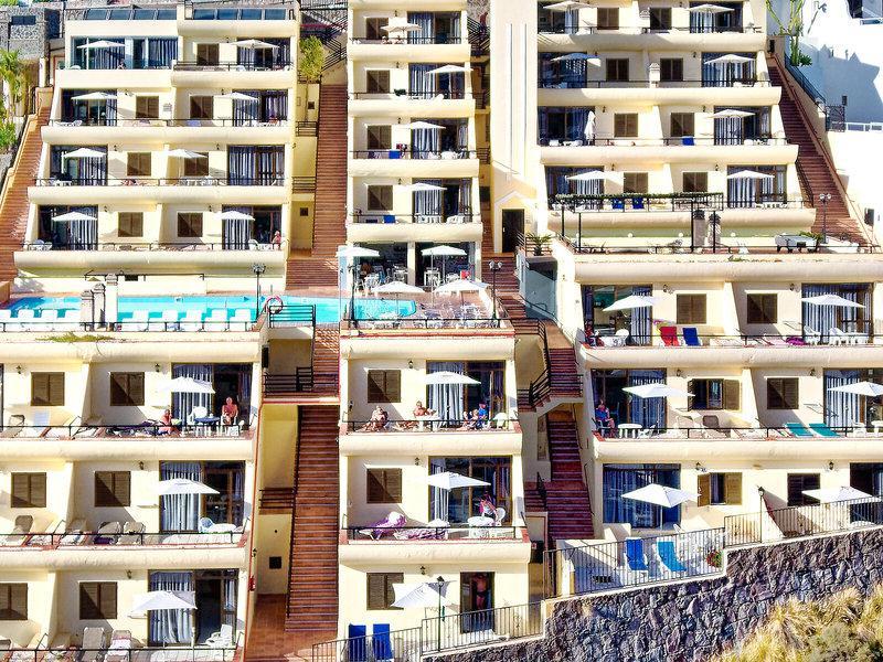 Roslara Apartments