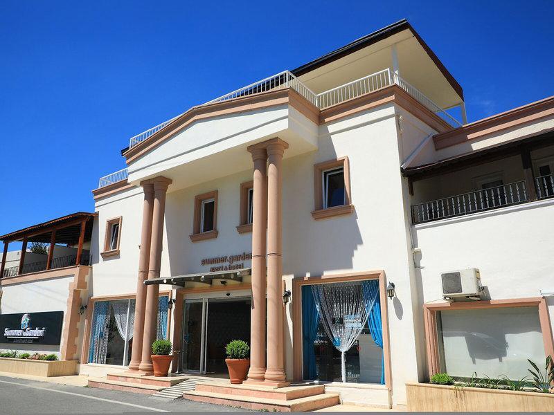 Summer Garden Suites & Beach Hotel