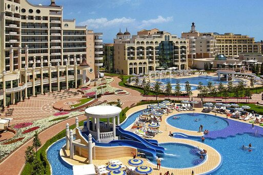 Sunset Resort - Alpha/Beta/Sigma/Delta I/Delta II/Eta/Villen