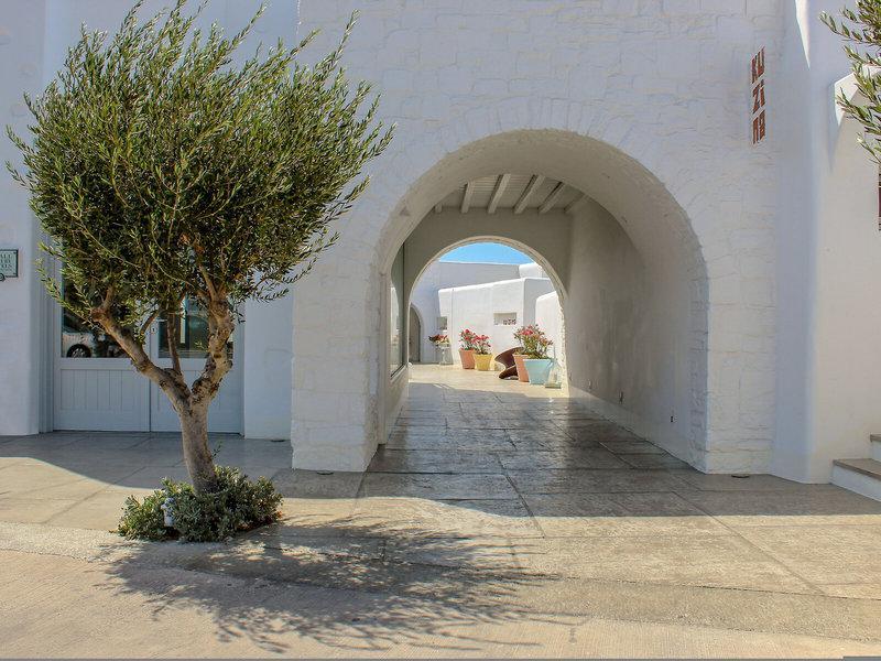 Ammos Mykonos Hotel