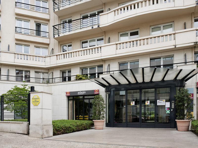 Adagio City Aparthotel Porte de Versailles