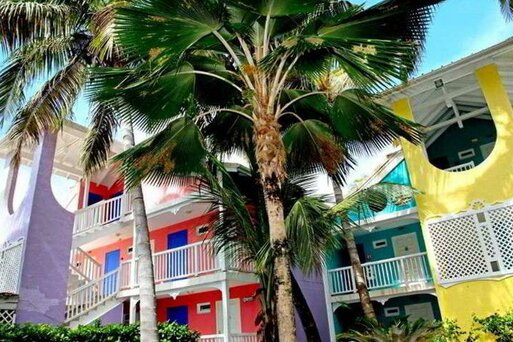 La Playa Orient Bay Hotel