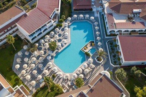 Niriides Hotel