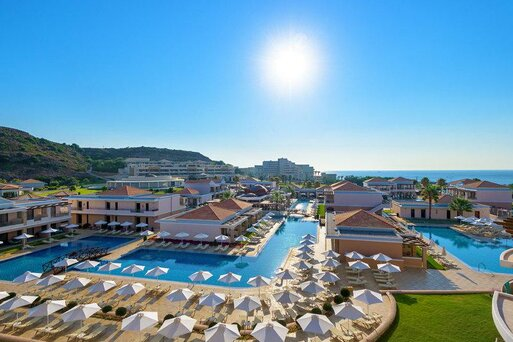 La Marquise Luxury Resort