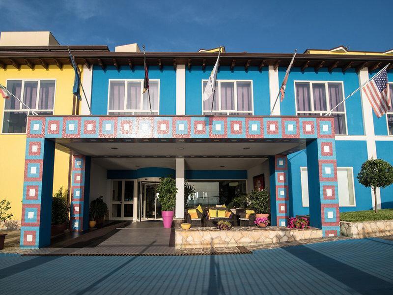 GH Avalon Sikani Resort