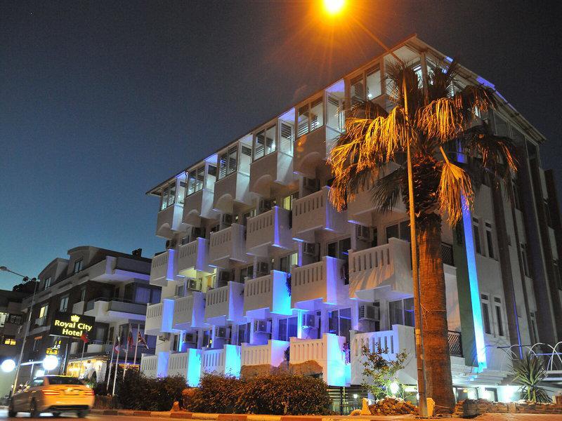 Royal Colours Hotel