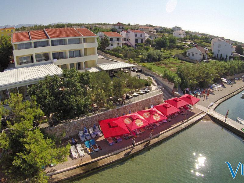 Vila 4M Hotel & Apartments