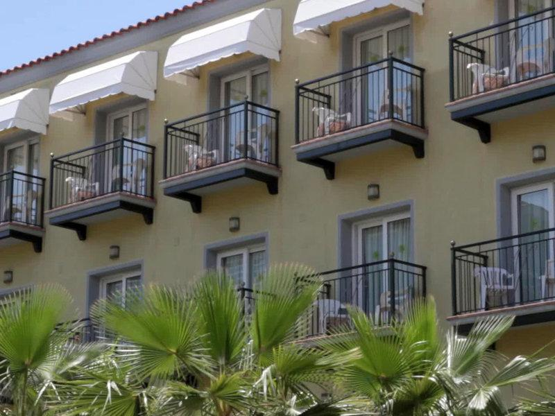 Ninays Hotel