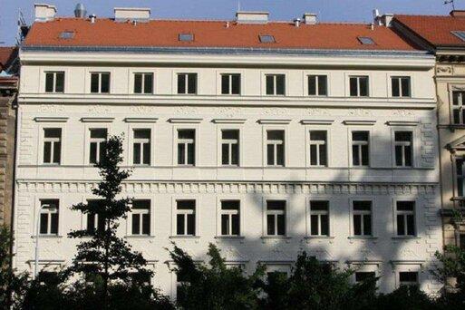 Red & Blue Design Prague