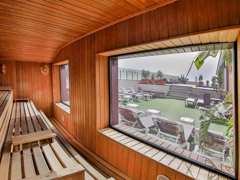 Hotel 525